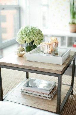 5 ไอเดียแต่งโต๊ะกาแฟสุดแสนคลาสสิก เติมเต็มบรรยากาศให้โรแมนติกผ่อนคลายในตัว
