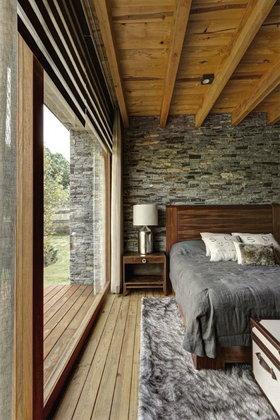 ไม้สนกับงานสร้างบ้าน กลิ่นอายแห่งธรรมชาติ..ทางเลือกสำหรับคนรักงานไม้