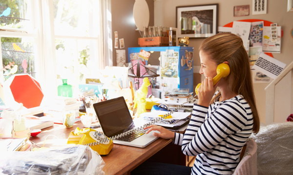 5 ขั้นตอนจัดโต๊ะทำงานที่บ้านให้มีแต่พลังดี๊ดี