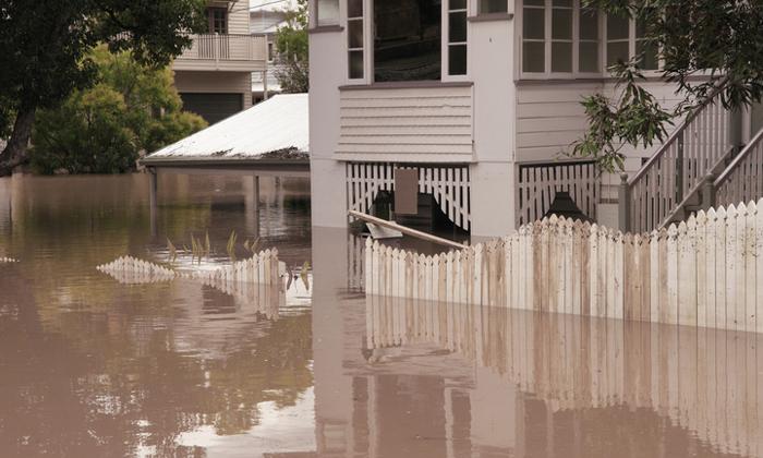 เมื่อน้ำท่วม เฟอร์นิเจอร์แบบไหนที่ไปก่อน