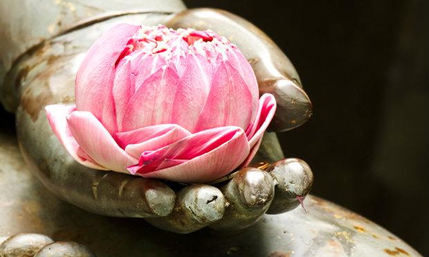12 วิธีสร้างสุขเสริมบารมีให้กับตัวเอง