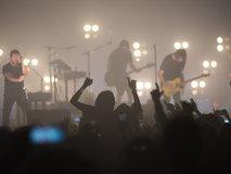 """เมื่อดวงไฟแห่งอินดัสเทรียลร็อคซัดสาด """"Nine Inch Nails"""" กับความเดือดดาลแห่งปี!"""