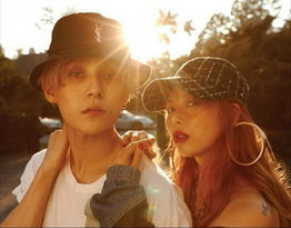 Hyuna & E'Dawn of Pentagon