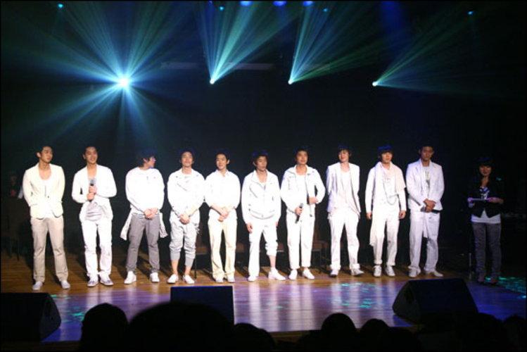Hot Blood Boys ว่าที่ศิลปินหน้าใหม่ JYP คัดเหลือ 10 คนสุดท้าย !!