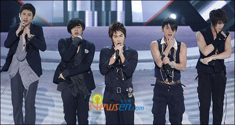 ดงบังชินกิ ส่ง MIROTIC คว้าอันดับ 1 M!Countdown