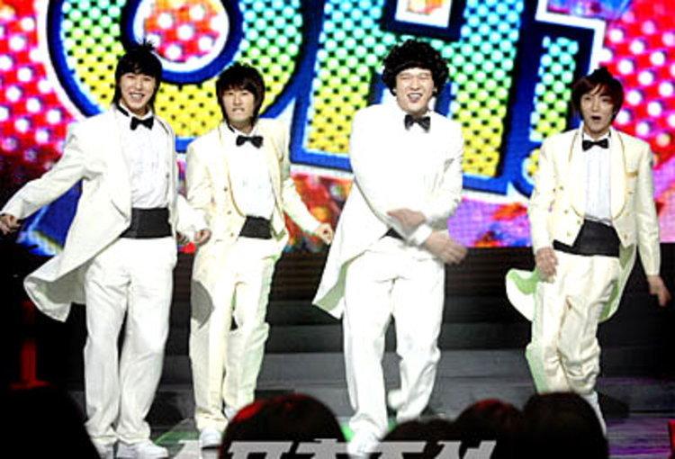เวทีเดือด! BIGBANG, SJ, SHINee, SS501, SNSD ฯลฯ ร่วมโชว์ฉลองปีใหม่