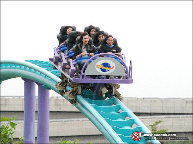 พายุ ชวน แฟนคลับ บุกสวนสนุก WONDER WORLD FUN PARK