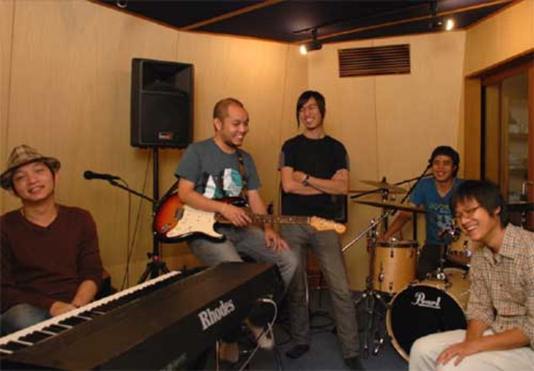 GANESHA เป็นการรวมตัวของกลุ่ม Academic Artist