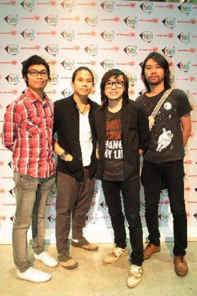 เพลย์กราวน์ เป็นส่วนหนึ่งของเวทีสร้างสรรค์ กิจกรรม ฉายเสียง กับองค์การแอดชั่นเอด ประเทศไทย