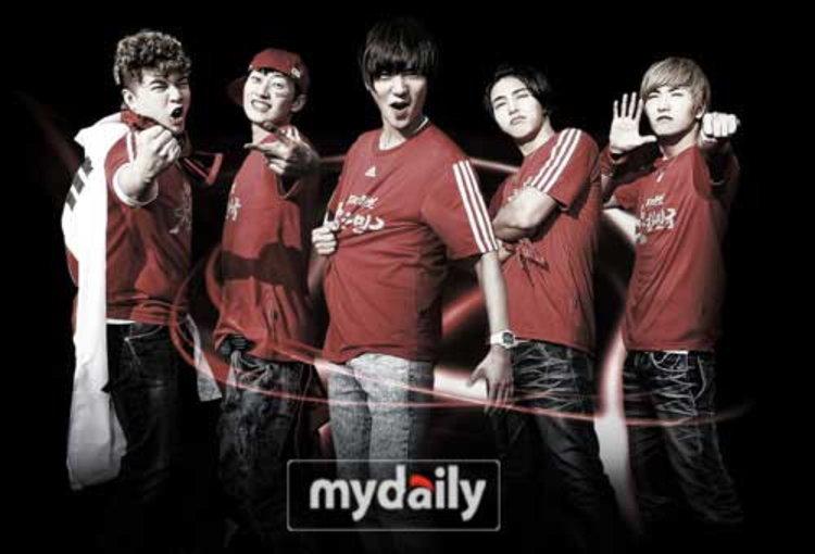 ซุปเปอร์จูเนียร์ (Super Junior) เปิดตัวเพลงเชียร์บอลโลก Victory Korea