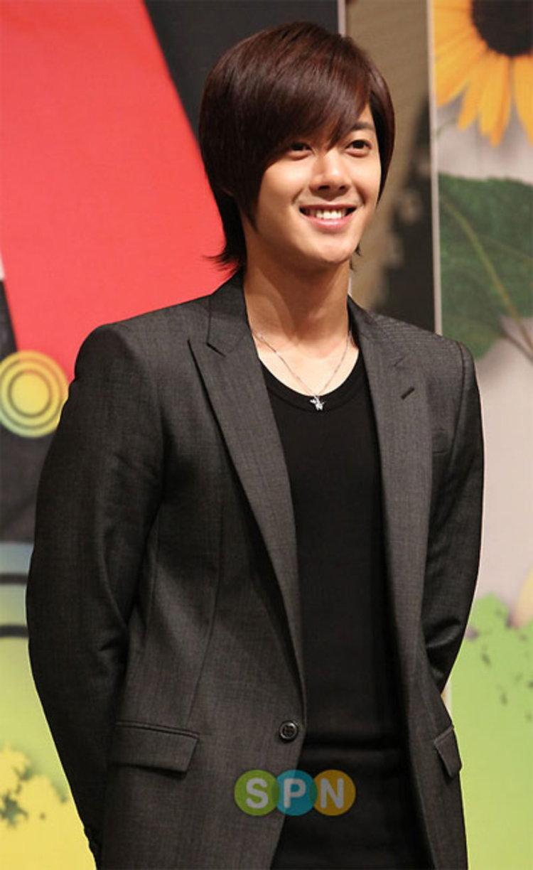คิมฮยอนจุง (Kim Hyun Joong) โดนแฮ็กเว็บไซต์ตั้งแต่ยังไม่เปิดตัว