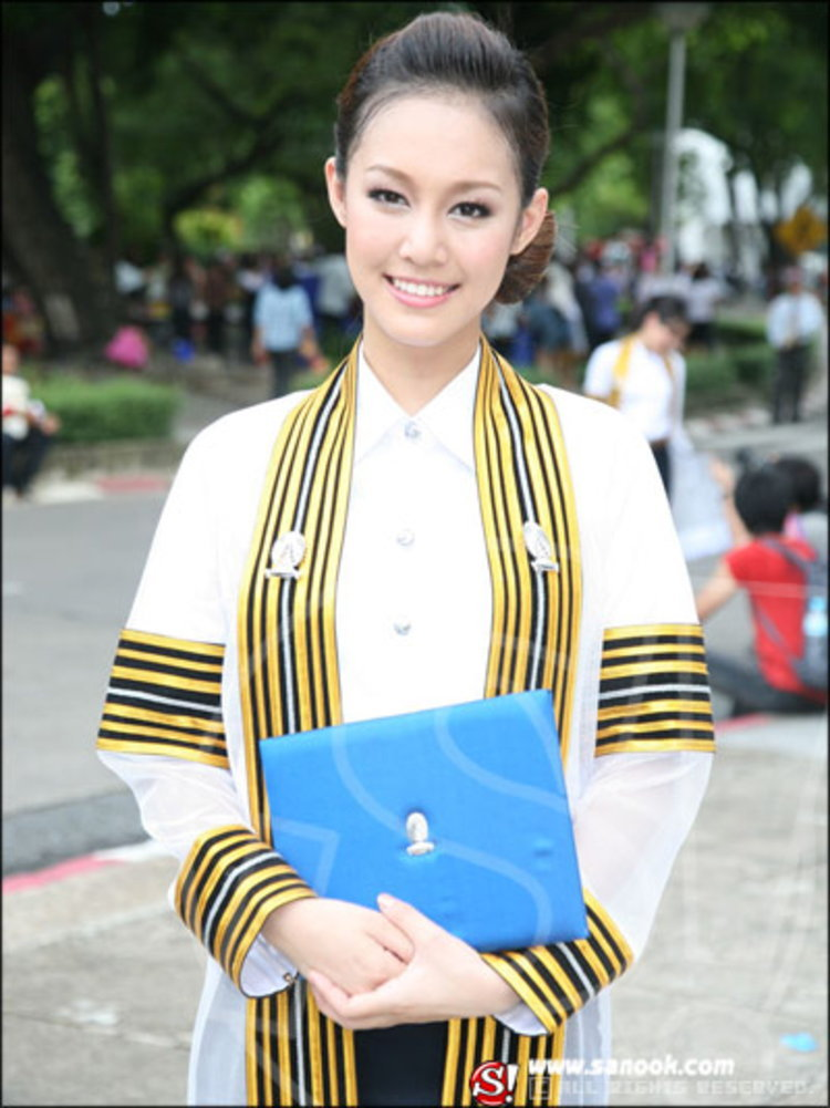 ทิชา-จีทเวนตี้ ปลื้มเรียนจบแล้ว เป็นบัณฑิตเอกภาษาญี่ปุ่นจากรั้วจามจุรี
