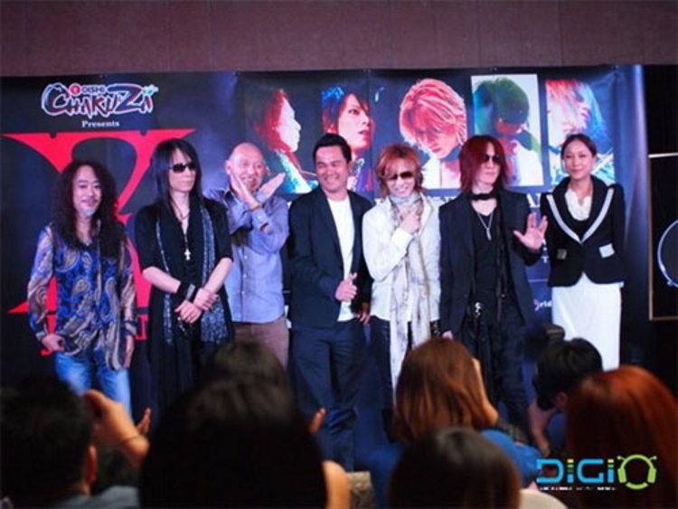X Japan ไม่หวั่นน้ำท่วมกรุงเทพฯ บินเปิดคอนเสิร์ต