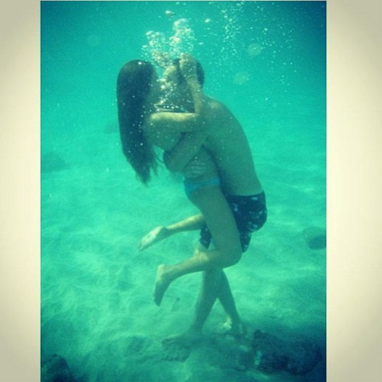 ฉาว!! ใบเตย อาร์สยาม ชีจูบผู้ชายใต้น้ำ