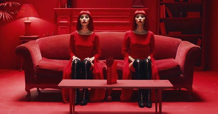 """The Veronicas กลับมาแล้ว! กับซิงเกิล Electronic Pop ใหม่ """"In My Blood"""""""