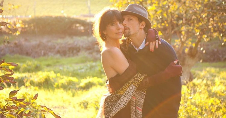 Jason Mraz สวีทภรรยาสาวออกสื่อ ฉลองครบรอบแต่งงาน 1 ปี