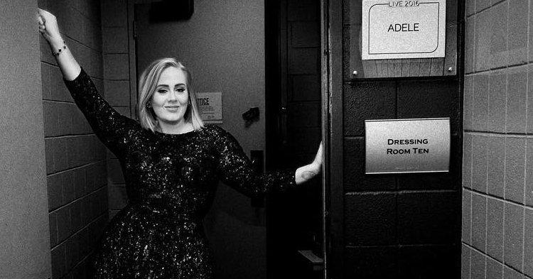 Adele อินเทรนด์ตามกระแส #mannequinchallenge กับเขาด้วย
