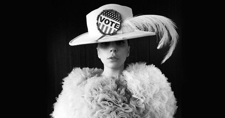 Lady Gaga, Taylor Swift และเหล่าศิลปินเลือกตั้งประธานาธิบดีสหรัฐ