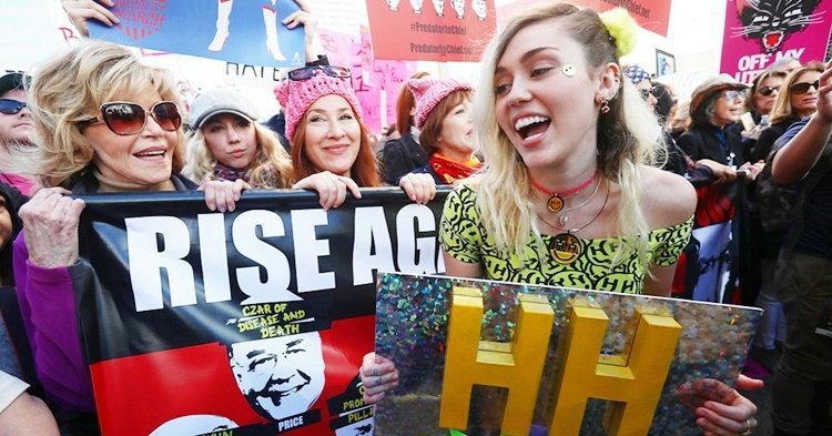 Miley Cyrus, Kate Perry, Rihanna นำทีมศิลปินร่วมขบวนต่อต้าน Trump