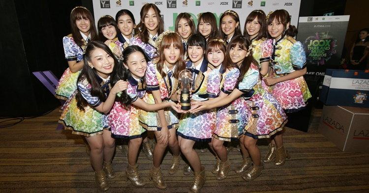 """ย้อนวันวาน """"BNK48"""" กับบทสัมภาษณ์แรกก่อนแจ้งเกิดเป็นศิลปินฮอตของยุค!"""