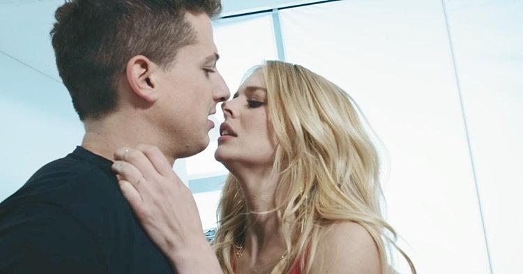 "Charlie Puth ดราม่าตบจูบ-โดนปั่นหัวในเอ็มวี ""Attention"""