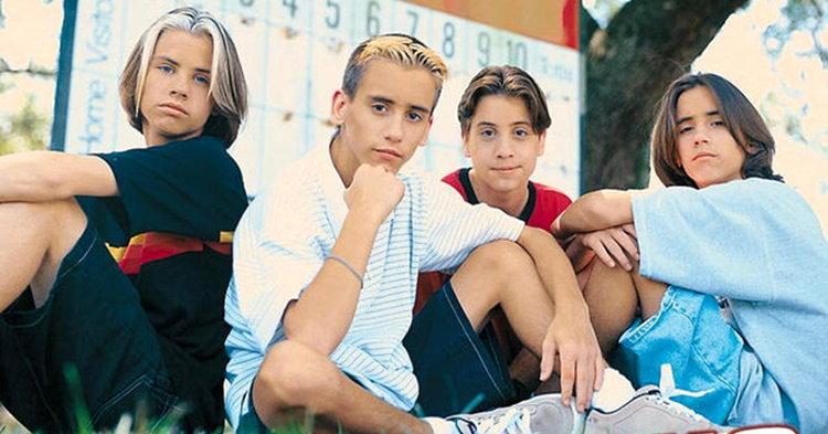 """ยังจำกันได้ไหม! 4 พี่น้อง The Moffatts เตรียมปล่อยซิงเกิ้ลในรอบเกือบ 18 ปี """"Secrets"""""""