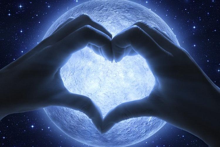เพลงรักวันลอยกระทง! รวมเพลงหวาน-ซึ้ง-เศร้าคืนพระจันทร์เต็มดวง