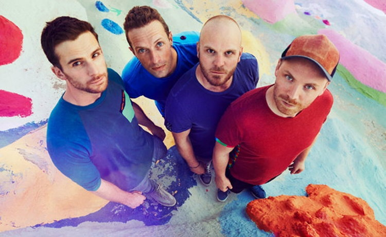 "Coldplay กับวิดีโอแบบฮิปสเตอร์ในเอ็มวีล่าสุด ""Birds"""