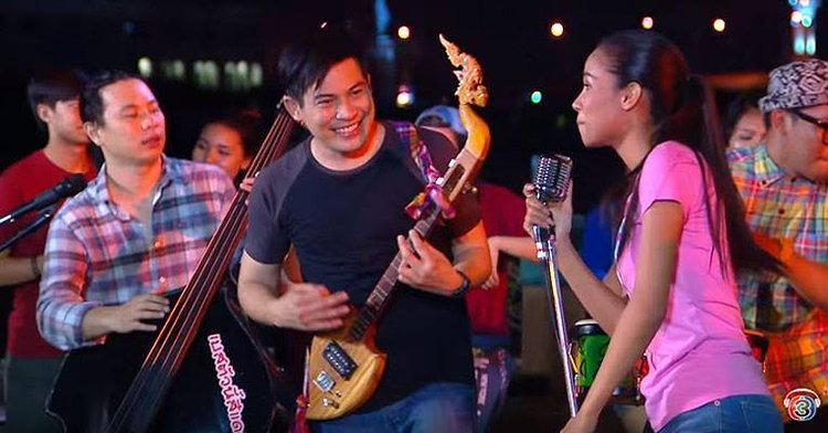 """ผลงานเพลงที่อยู่ในความทรงจำของ """"ปอ ทฤษฎี"""" พระเอกในหัวใจคนไทย"""