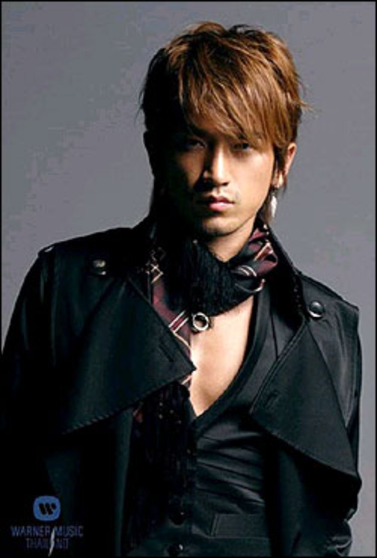 """""""มินวู"""" นักร้องสุดฮอตจากเกาหลีเตรียมบุกตลาดเพลงเมืองไทย"""