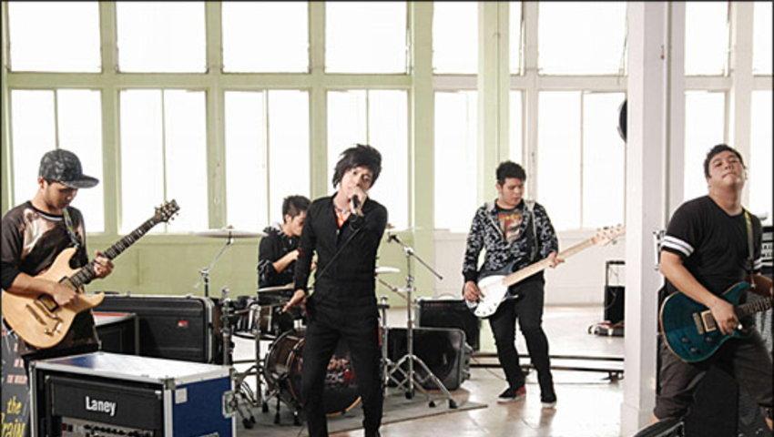 MV รักแท้ แพ้ไม่รัก : เล้าโลม