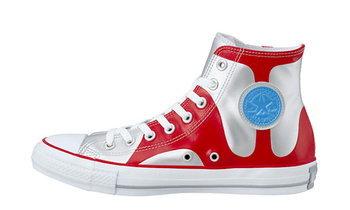 Converse เตรียมส่งรองเท้าผ้าใบรุ่นใหม่ ฉลองครบรอบ 50 ปี อุลตร้าแมน
