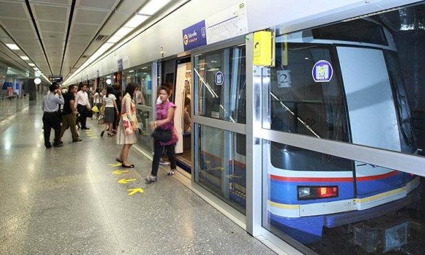 """""""บิ๊กจิน"""" สั่งตรึงค่าโดยสารรถไฟใต้ดินถึง ธ.ค.นี้ เร่ง รฟม.เปิดหวูดสายสีม่วง-สีน้ำเงินเร็วขึ้นกว่าแผน"""