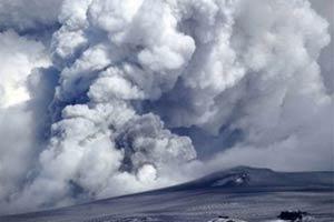 อังกฤษและไอร์แลนด์ระงับเที่ยวบินหลังเถ้าภูเขาไฟปิดน่านฟ้าอีกรอบ
